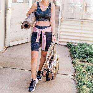 NEW SPANX Black Camo Look at Me Now Bike Short